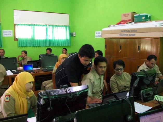 Suasana Pelatihan Materi Ajar di Saptosari dan Panggang Gunungkidul